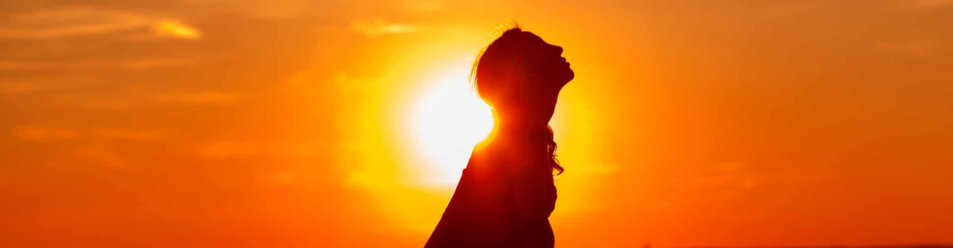 A exposição ao sol é um dos fatores para a absorção de vitamina d